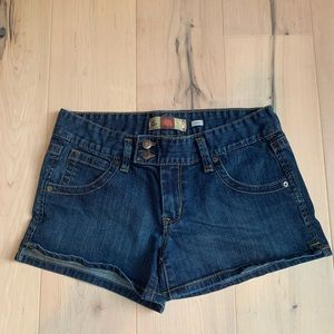 OLD NAVY~womens blue jean shorts Size 8 EUC